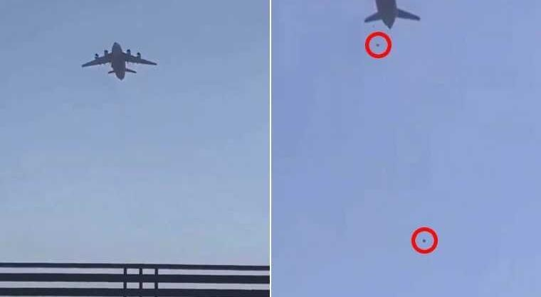 有難民攀上美軍運輸機,結果在飛機起飛後跌落摔死。